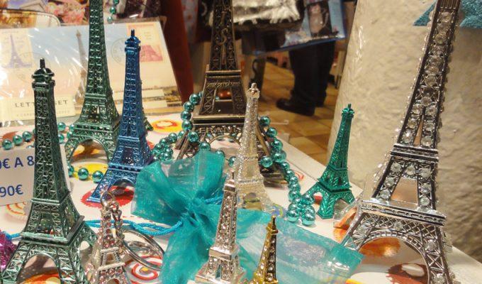 Сувениры и сувенирные магазины в Париже